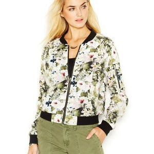 Sanctuary Floral bomber in tropical green